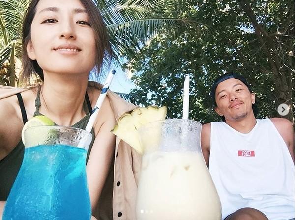 ▲柯佳嬿、坤達結婚1週年。(圖/翻攝自柯佳嬿Instagram)