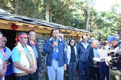 布農族傳統石板屋重現 再造歷史現場