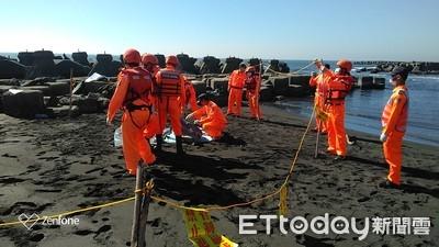 沙灘留手機 海巡搜救找到屍體