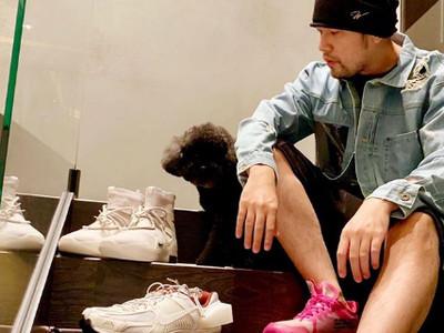 周董曬Off-White x Nike聯名鞋