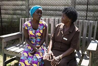 百名奶奶 靠聊天救回憂鬱症患者