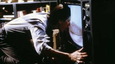 《錄影帶謀殺案》當人腦變「媒體角鬥場」 觀眾註定變無魂傀儡