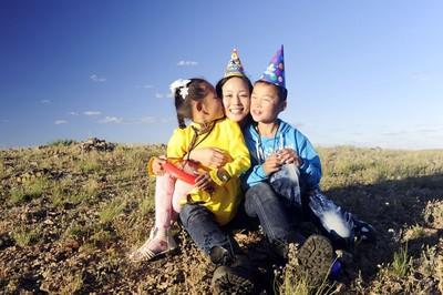 張鈞甯擔任資助兒童計畫代言人