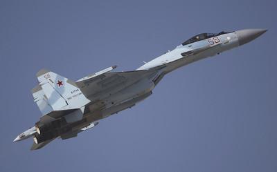 解放軍Su-35受油管採用獨特設計