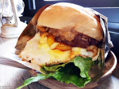 微奢侈早餐!沙朗牛排漢堡超邪惡