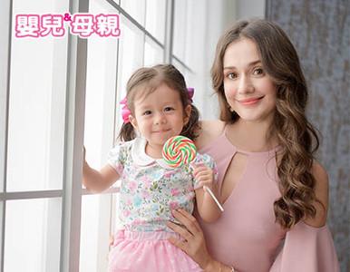 名模瑞莎帶2歲女兒Nika接受專訪