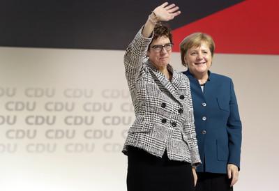 德執政黨選出新黨魁 梅克爾卸寶座