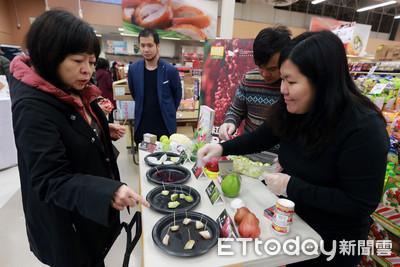 潘孟安加拿大行銷農產品 買氣爆棚