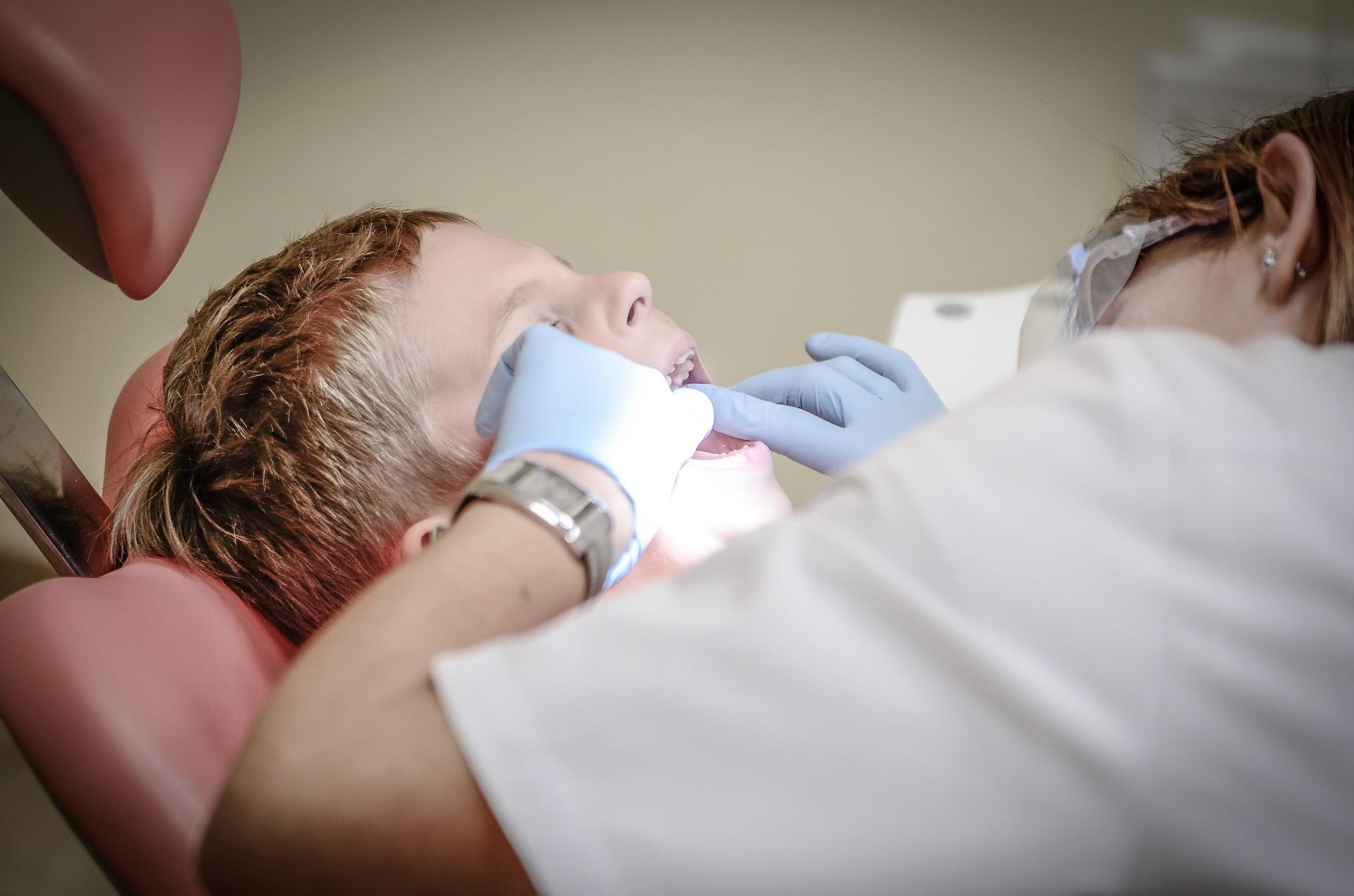 ▲牙醫。(圖/取自免費圖庫pixabay)