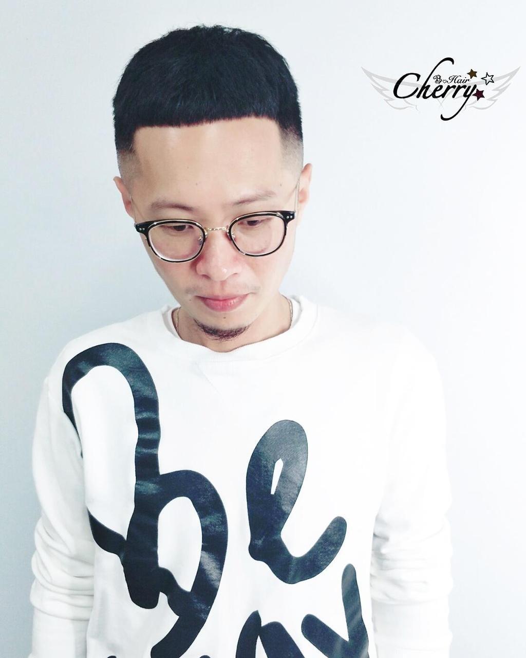 ▲▲國字臉可以做兩側剃短髮型(圖/翻攝自網站/Stylemap)