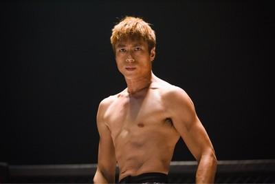 莊凱勛染金髮!體脂6%變筋肉人
