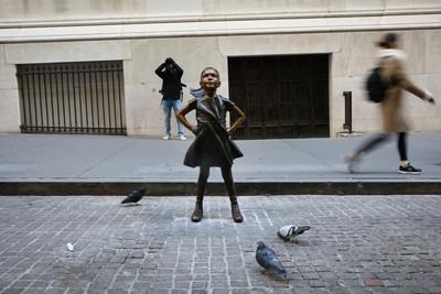 無畏女孩搬家 傲視紐約證券交易所