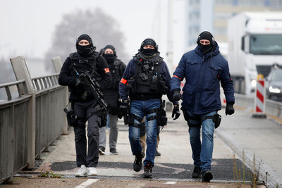 法國聖誕市集槍擊 2亡1腦死12傷