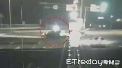小客車違規迴轉 重機閃避不及撞上