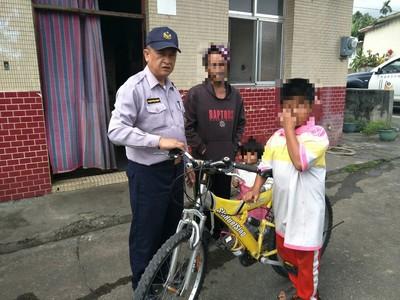 感動!小三生騎14公里鐵馬探病父