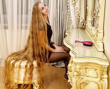 驚呆!「長髮公主」28年未剪髮
