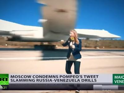 差一步「機翼削斷頭」!戰地記者特寫轟炸機降落 用生命跑新聞