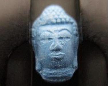日知名DJ德國走私1.8萬顆「佛像」快樂丸