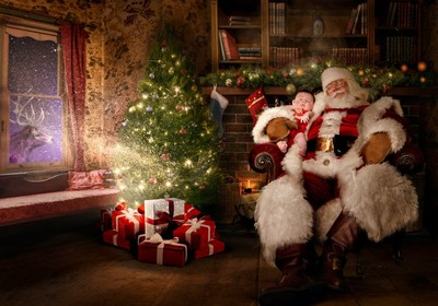 盼虛弱病童能難得一笑 「修圖聖誕老人」暖心PS出回憶合照