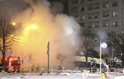 可怕一聲!札幌爆炸41傷居酒屋變平地