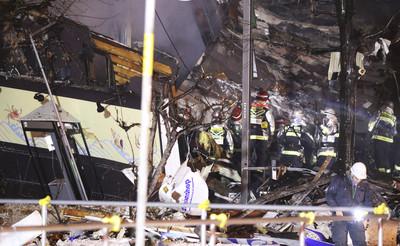 札幌氣爆40生還者擠爆窗邊跳樓逃生