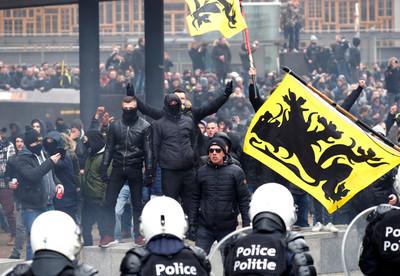 逾5000比利時群眾抗議全球移民契約