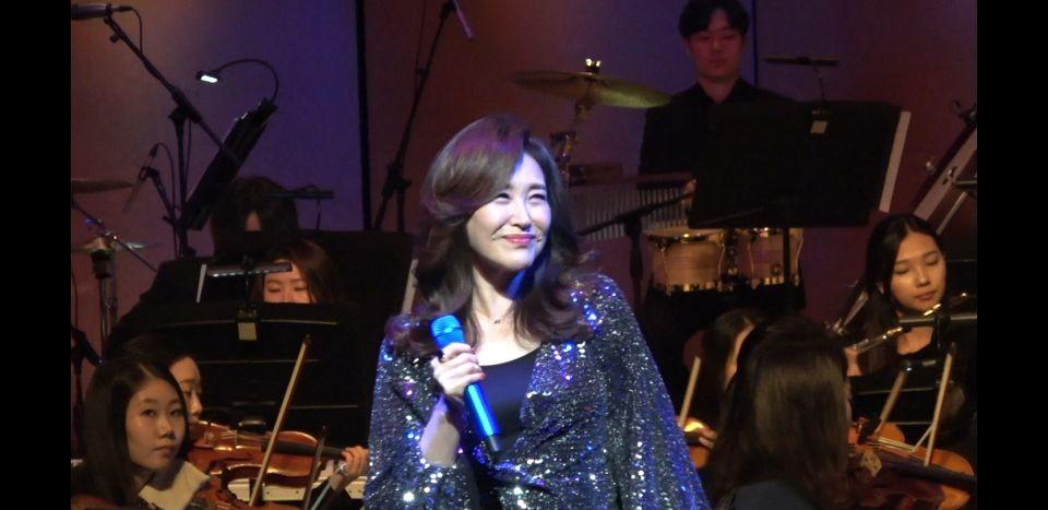▲▼南韓歌手周炫美(圖/翻攝自周炫美官網)