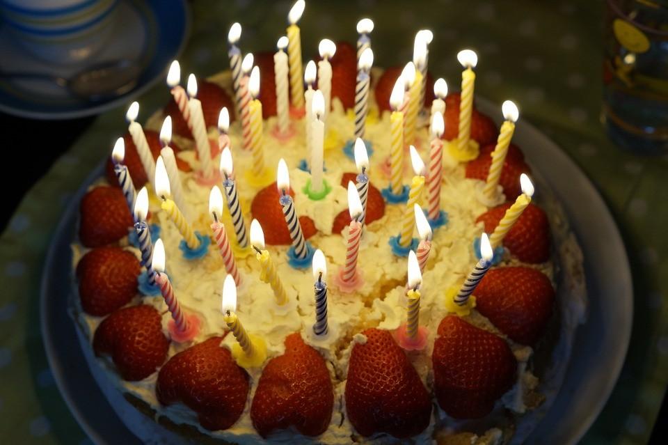▲▼生日,慶生,蛋糕。(圖/取自免費圖庫pixabay)