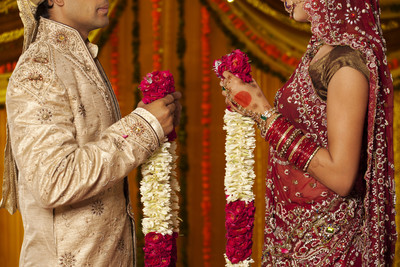 甜蜜新婚13天 新娘陳屍天花板上