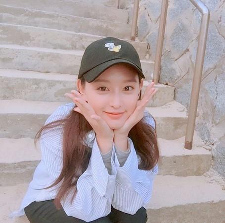 学韩剧女主角戴帽子 5个细节帮造型加分还能「瘦小脸」