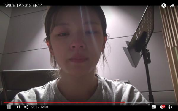 ▲▼定延哽咽道歉:真的累了! TWICE被挖出「集體累壞倒地」(圖/翻攝自Youtube、IG)