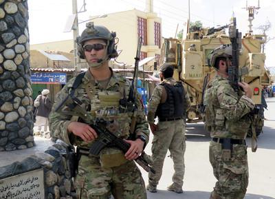 中國呼籲美國從阿富汗負責任地撤軍