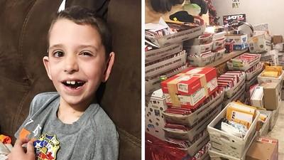 只活3個月也要全讀完!腦瘤童收到全球上萬張聖誕卡 面癱燦笑道謝