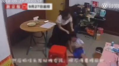 影/8歲女童遭虐 母扯她頭髮賞巴掌