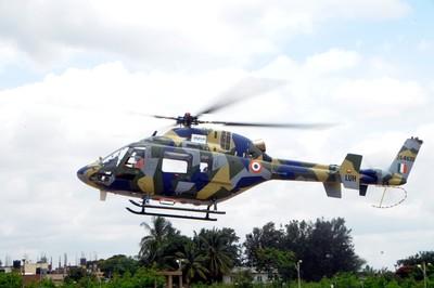 印度第3架LUH輕型直升機首飛