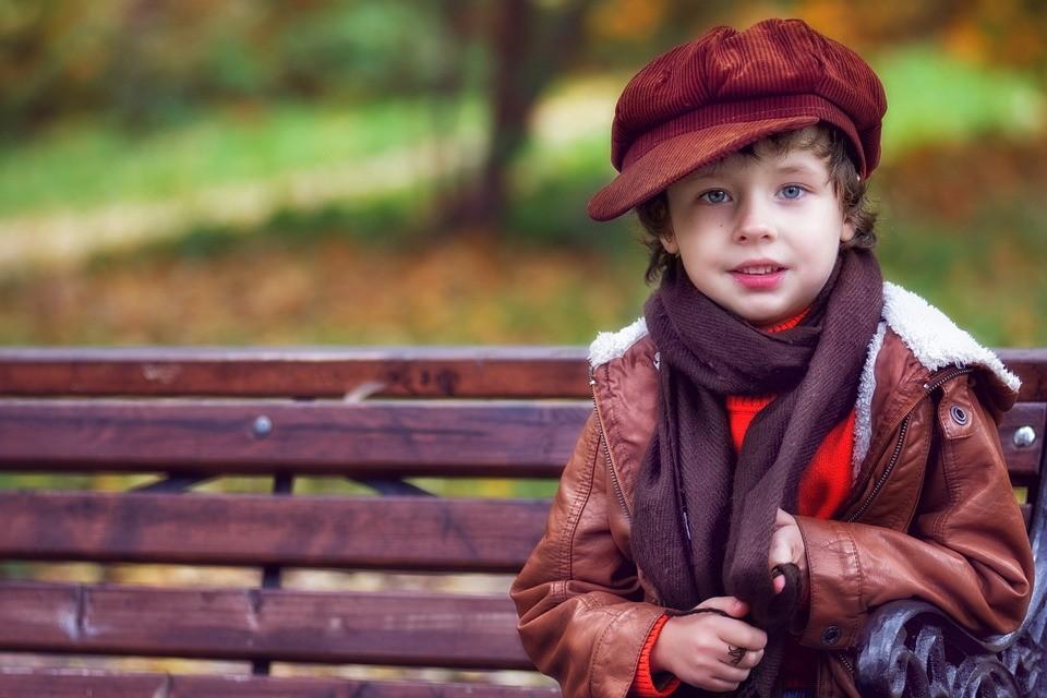 ▲▼外套,孩童,公園。(圖/取自免費圖庫pixabay)