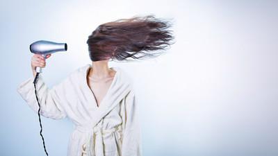 頭髮不用每天洗!天然油脂輕鬆做造型 蓬鬆公主頭馬上能出門