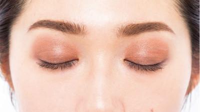 哭成「泡泡眼」也不怕!棕色眼影神奇修飾 疊上橘色系讓你炯炯有神