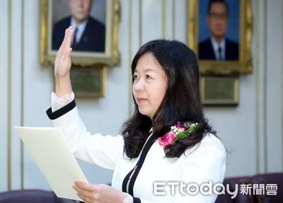 補徐榛蔚立委缺 童惠珍今宣誓就職