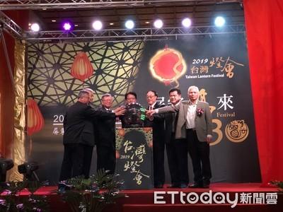 高雄邀屏東聯合推台灣燈會!他否認了