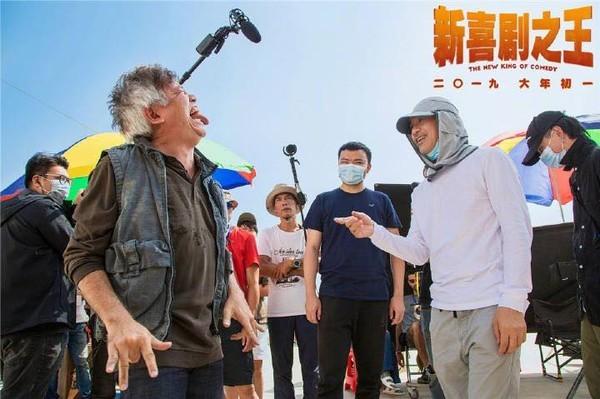 ▲《新喜劇之王》周星馳監製變導演。(圖/翻攝自微博)