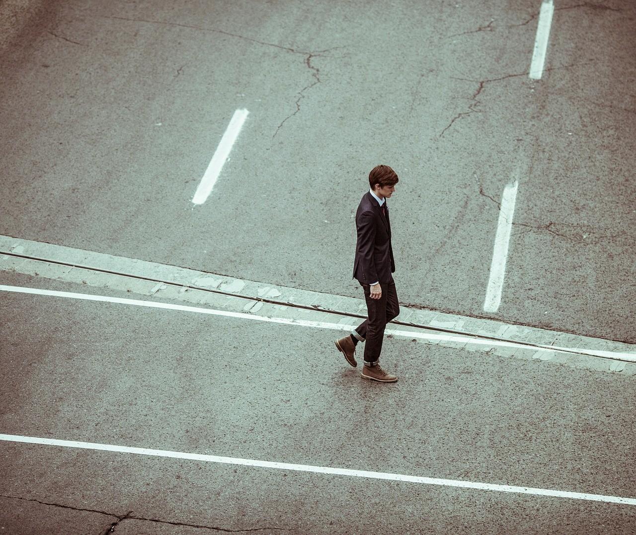 走路速度越快「越不快乐」 从小地方看你的人生愉悦指数