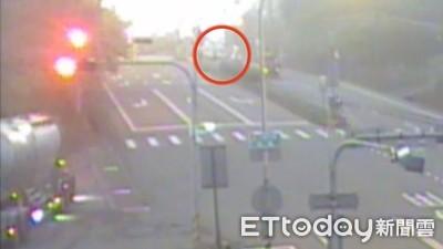 拾荒老人過馬路 遭貨車撞飛不治