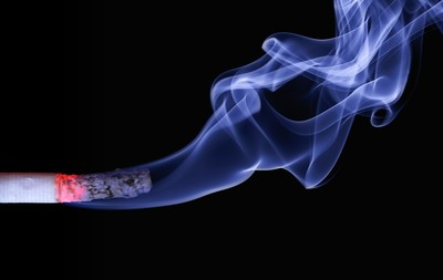 加入「反菸運動」 政府加重菸品稅