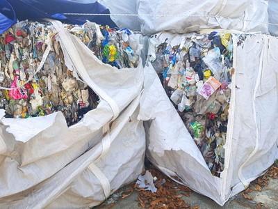 韓企非法丟6300噸垃圾遭菲國退回