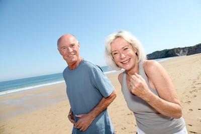 不敢退休!美國2成逾65歲勞工仍堅守職場