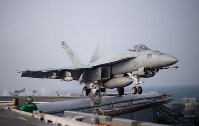 快訊/美F-18戰機墜毀加州 7遊客傷