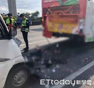 國道小貨車追撞大客車 駕駛不治