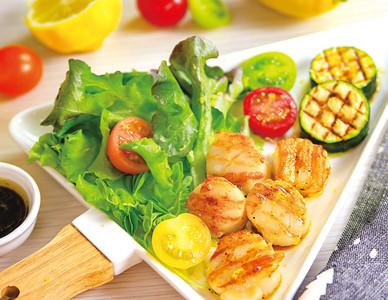 想瘦身就吃溫沙拉!沙拉+煎干貝超搭...「不縮水」秘訣曝光