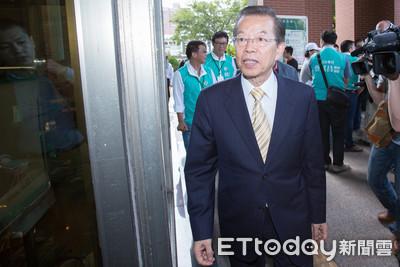 韓國瑜聲明不參加初選 謝長廷:非一般擔蔥賣菜人